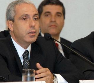 Marinus ao Congresso em Foco: Constituição é clara sobre a proibição de pagamento de supersalários - ABr