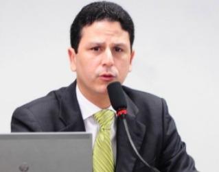 Bruno Araújo pede explicações sobre a emenda enxertada em MP que amplia a possibilidade de uso do RDC em obras públicas