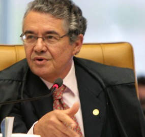 """Marco Aurélio: formou-se uma quadrilha """"armada de dinheiro"""""""