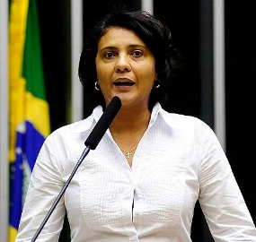 Andreia Zito (PMDB-RJ), autora da proposta