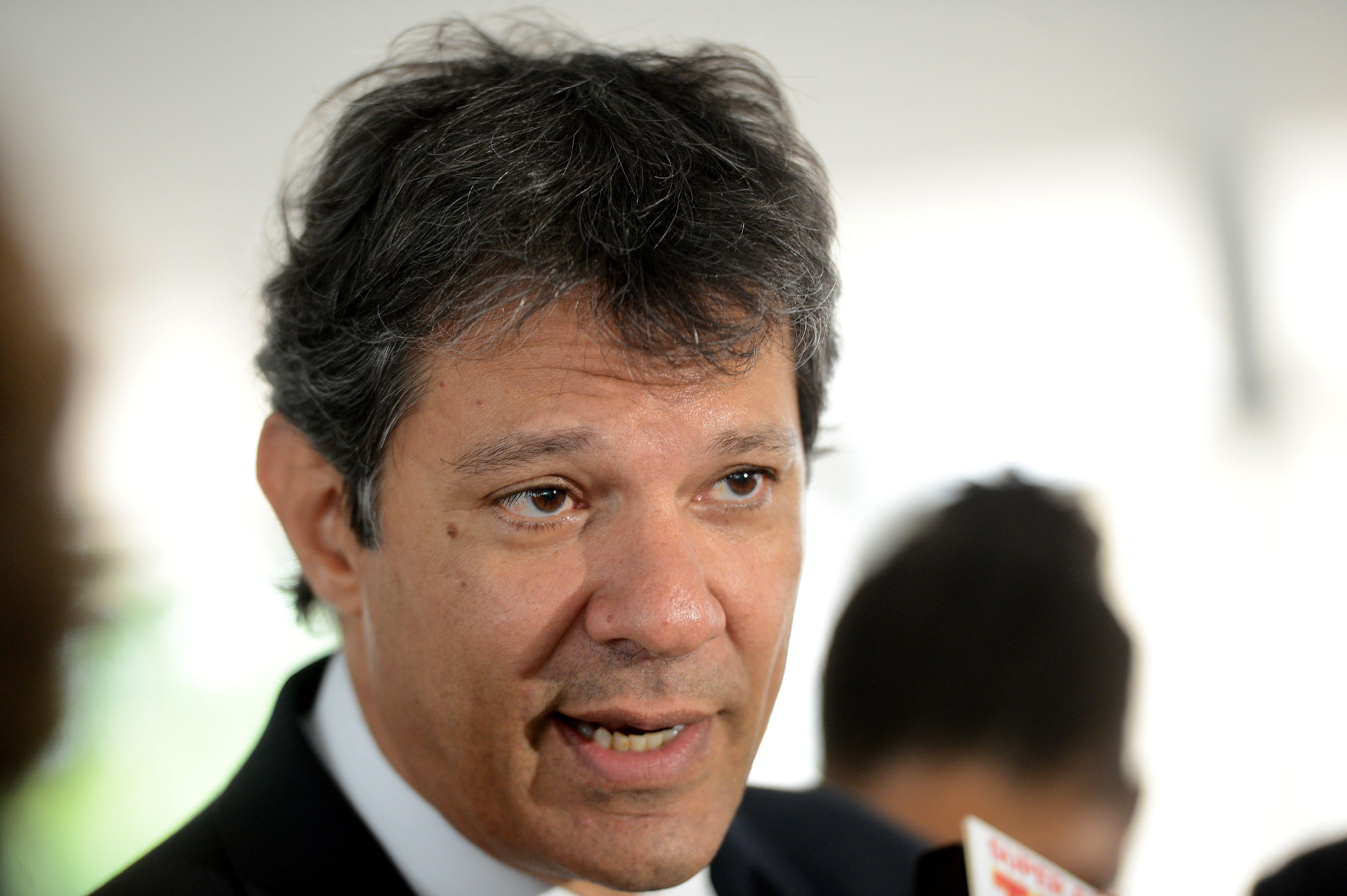 Fernando Haddad, prefeito de São Paulo: atingido por garrafa