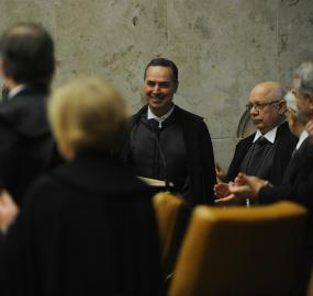 Ministro Barroso recebe solidariedade de juízes federais