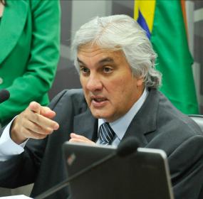 """Delcídio fala que Renan Calheiros e Sérgio Machado mantinham """"esquemão fidelizado"""""""