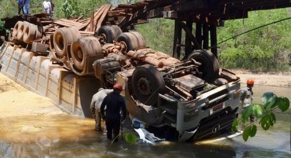 Pontes da Morte - foto 22B - (PC de Souza - Edição de Notícias)