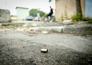 Sociedades cada vez mais violentas deixam antigos valores pelo caminho, diz autor