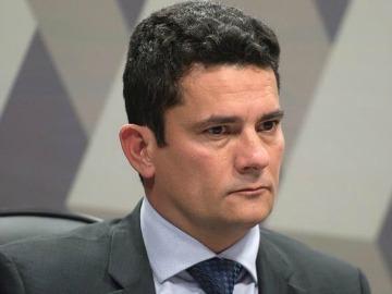Juiz está no alvo de diversas metralhadoras políticas, diz Lungaretti