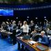 Votação do projeto provocou protestos e bate-boca em plenário
