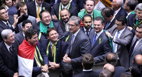 Rosso na votação do impeachment na Câmara. Deputado presidiu comissão especial que analisou denúncia contra Dilma