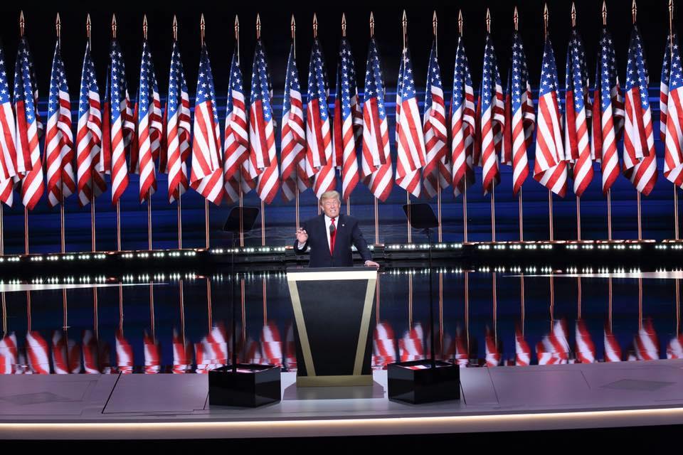 http://static.congressoemfoco.uol.com.br/2016/11/trump-eleito.jpg