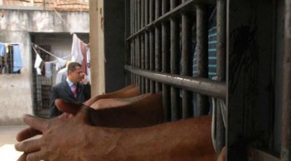 Dados do CNJ revelam que audiência de custódia tem concedido mais prisões que liberdade