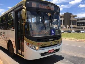 Passagem de ônibus no DF voltam a custar até R$ 5