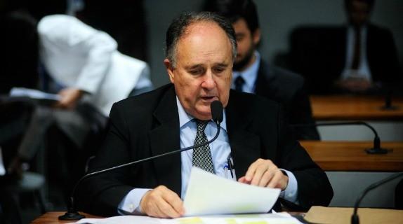 Cristovam quer mudanças em nova gestão da presidência do Senado