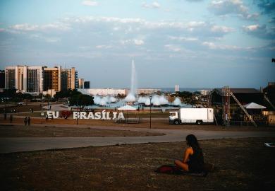 Brasília vai mal, lamenta colunista