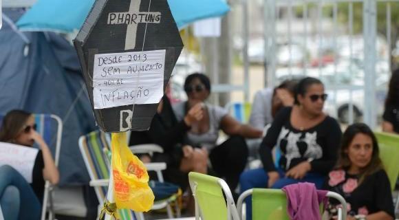 Mulheres dos PMs alegam que não participaram das negociações