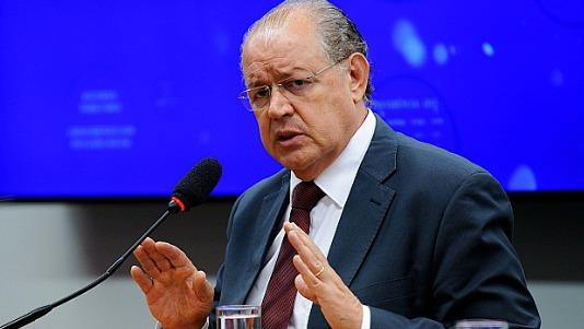 Relator da reforma tributária quer aprovar o COMFINS