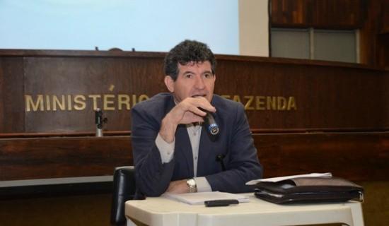 """Toninho diz que reforma da Previdência de Temer promove """"desmonte"""" de direitos sociais"""