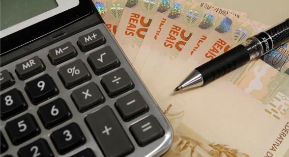 dinheiro_calculadora1