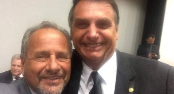 Pré-candidato ao governo, Manato promete palanque presidencial a Bolsonaro no Espírito Santo