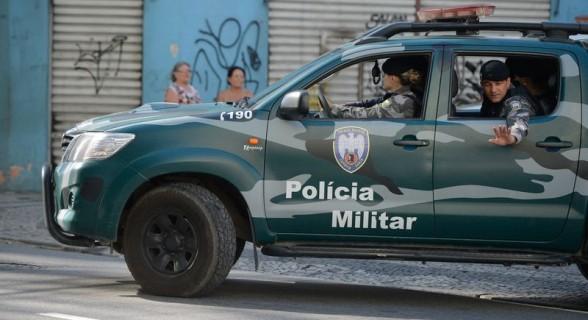 Policiais de férias e de folga voltam às ruas em Vitória