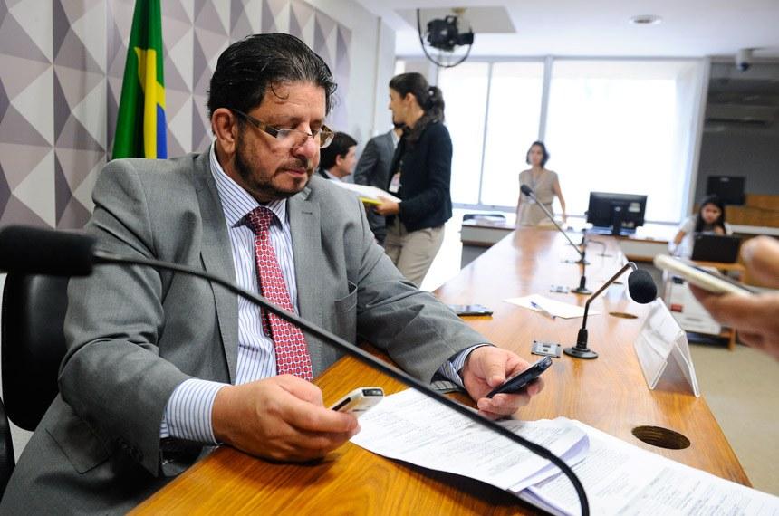 NOMEAÇÃO DE SERRAGLIO PARA JUSTIÇA PROVOCA REAÇÃO NEGATIVA NO PMDB