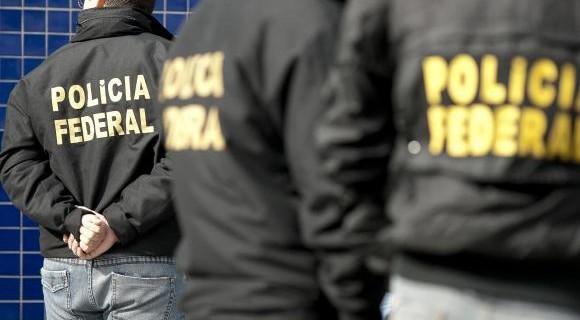 Policiais atuaram em sete estados