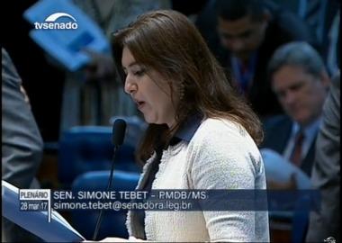 Senadora leu texto para elogiar iniciativa da deputada Keiko Ota