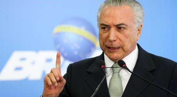"Temer diz respeitar a ""autonomia"" de estados e municípios"