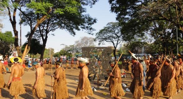 Índios Pataxó-Hã-Hã-Hãe