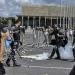 Manifestantes entram em confronto com a Polícia Militar
