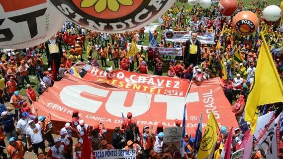 Sindicais fazem atos em diversas capitais em comemoração ao Dia do Trabalhador