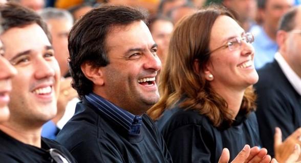 Braço direito de Aécio, Andrea Neves foi presa há mais de uma semana, acusada de atuar em favor do irmão
