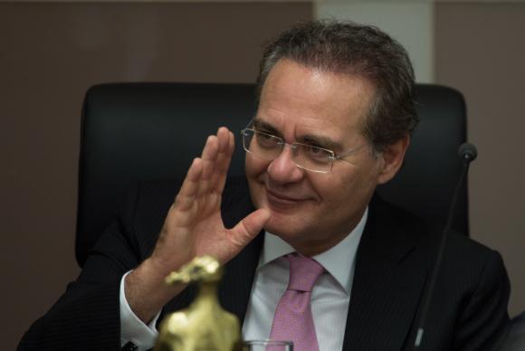 Temer reúne-se com senadores do PMDB