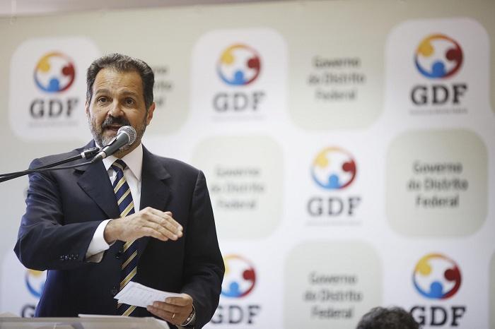 Ex-governador Agnelo Queiroz é solto após receber habeas corpus