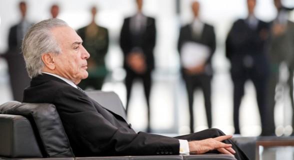 Parlamentares já se articulam para escolher um presidente tampão para substituir Temer