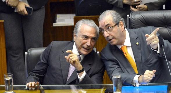 """""""Ou Temer cede os espaços do PSDB no governo para o grupo de Cunha ou ele irá migrar para o projeto Rodrigo Maia"""""""