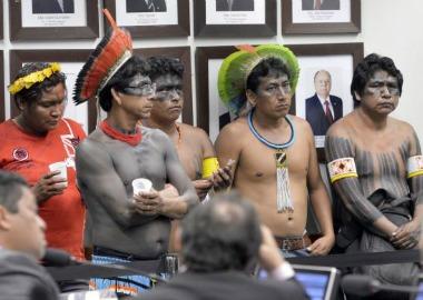 Índios acompanham CPI da Funai comandada por ruralistas na Câmara