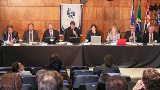 Candidatos dizem apoiar investigação de presidente da República em caso de ilícitos durante o mandato