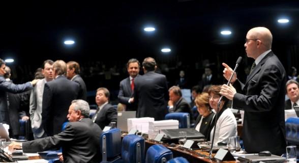 Em 2012, Demóstenes fez apelo aos colegas para que deixassem seu julgamento para as urnas e pediu desculpas àqueles contra os quais foi implacável