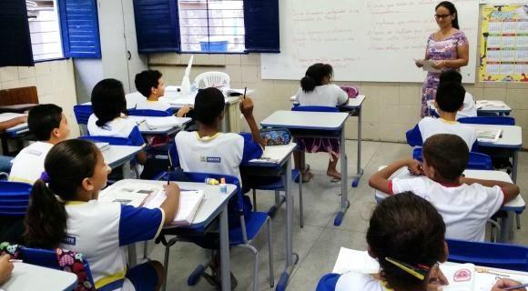 Apenas 20% do Plano Nacional de Educação foi cumprido