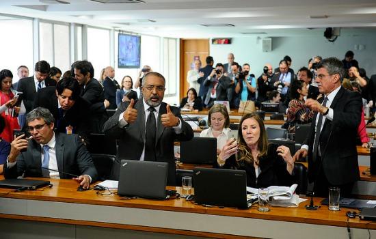 Comissão do Senado começa a votar reforma trabalhista; acompanhe ao vivo