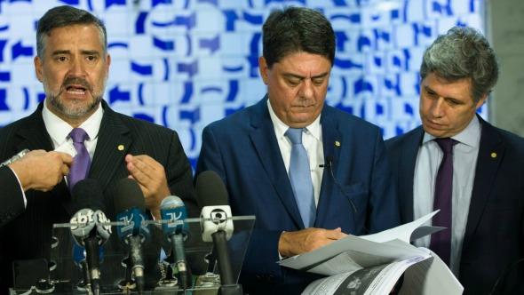 Resultado de imagem para PT tenta criminalizar emendas parlamentares