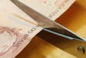 """Aldemario: """"Bilionárias despesas com o serviço da dívida pública são praticamente 'esquecidas' no debate realizado pela grande imprensa, pelo governo e pelo Parlamento"""""""