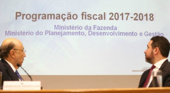 """Meirelles e Dyogo Oliveira foram """"furados"""" por Jucá no anúncio à imprensa"""