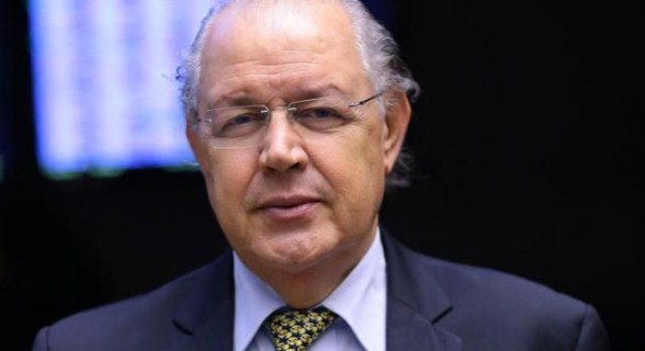 Luiz Carlos Hauly submeterá sua proposta a consulta pública por duas semanas. Deputado pretende apresentar relatório em setembro
