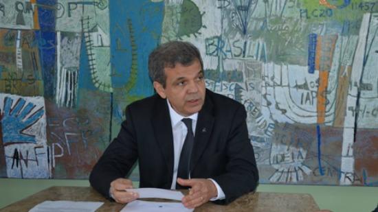 """""""Nós temos severas restrições, em particular à questão da seguridade social"""", diz Floriano"""