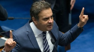 Saída está sendo discutida para diminuir desgaste dos senadores que querem reverter afastamento do tucano