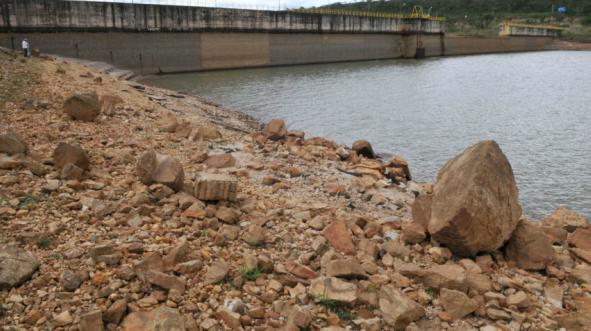 Adasa fiscaliza propriedades para evitar captação irregular de água
