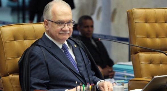 Fachin, relator da ADI, votou pela possibilidade da Corte impor medidas cautelares sem autorização do Congresso