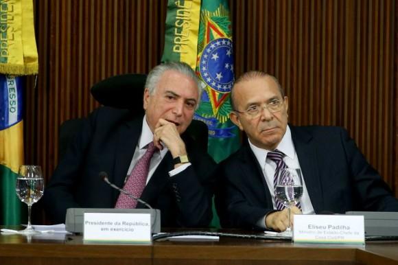 Advogado entrega à CCJ da Câmara defesa de Eliseu Padilha
