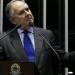 """""""Fake news"""" terão influência nas eleições de 2018, diz Cristovam"""
